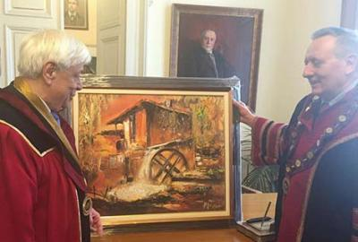 GREEK PRESIDENT PAVLOPOULOS LEFT BULGARIA WITH AN ARTWORK BY PAVEL MITKOV